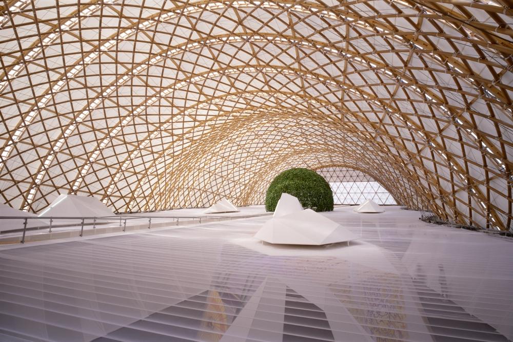 Shigeru-Ban-Hannover-Expo-Japan-Pavilion-01.jpg