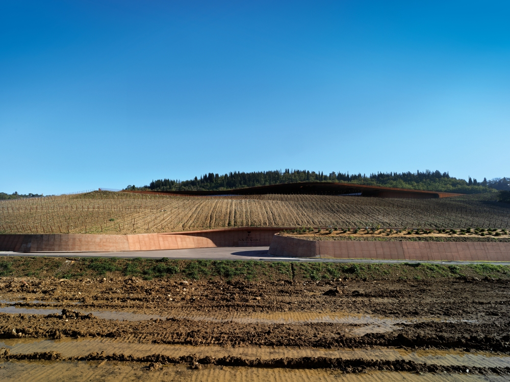 001-antinori-winery-002