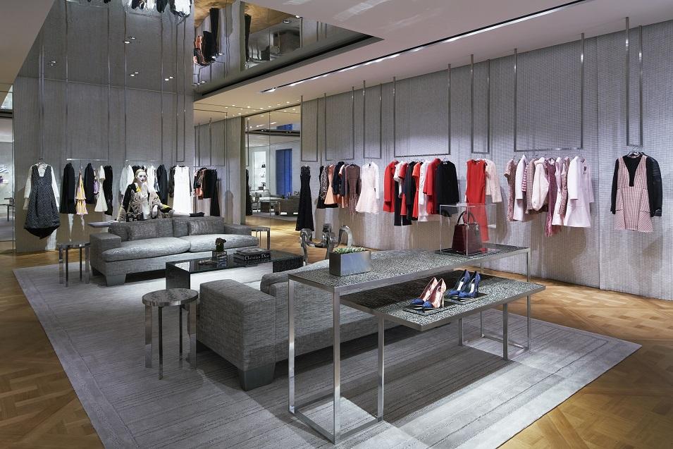 dior-boutique4-by-bakas-algirdas