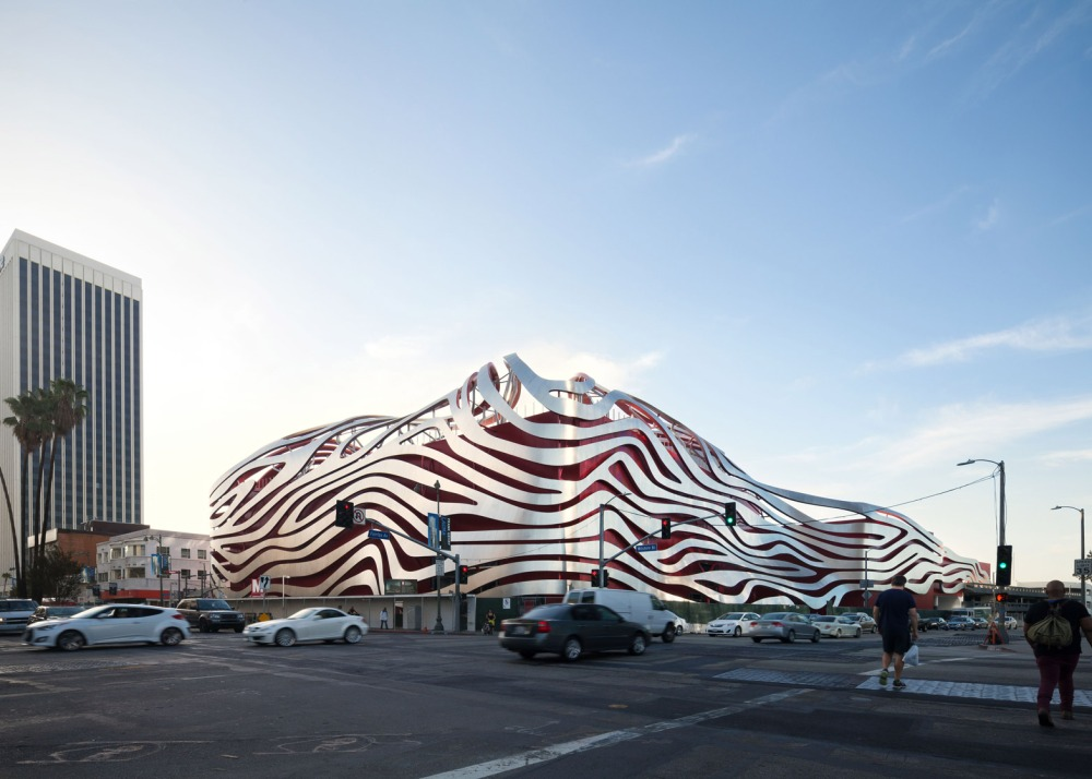 005 Petersen-Automotive-Museum_Cultural_Cars_KPF_Los-Angeles_USA_dezeen_1568_4