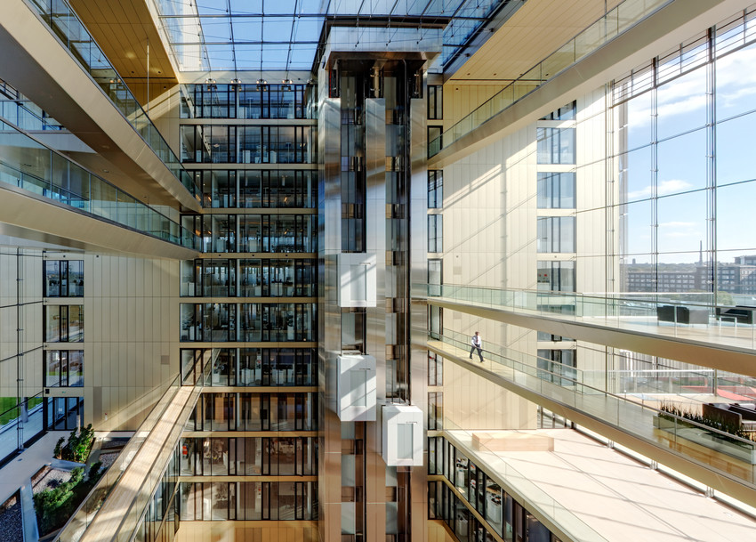 7_twin_elevators_running_at_global_tk_headquarter_in_essen_germany