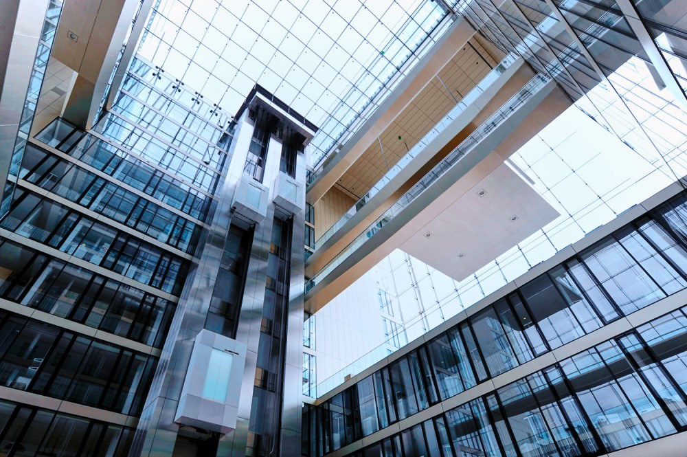 8_twin_elevators_running_at_global_tk_headquarter_in_essen_germany